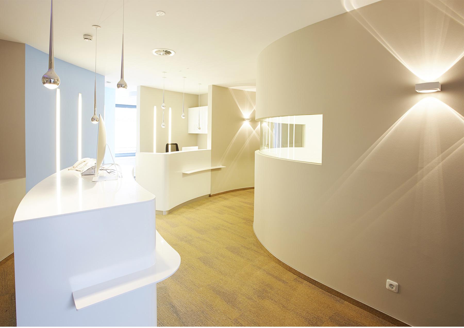 Zahnarztpraxis Gestaltung Referenz Innenarchitektur SDW DESIGN